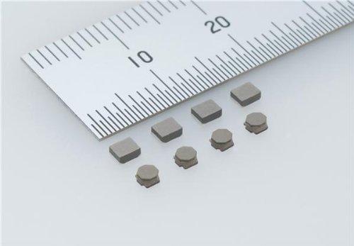 Fixed Inductors INDCTR SMD HI CUR METAL CORE 3.3uH 20/% 1000 pieces