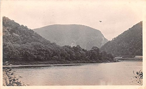 (Water View Delaware Water Gap, Pennsylvania postcard)