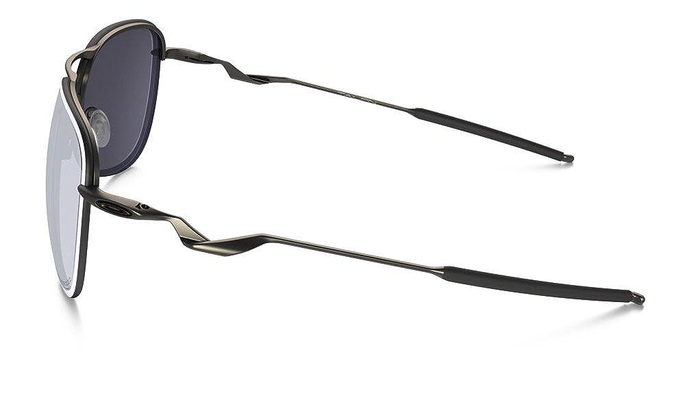 2b8dba5cf8700 Amazon.com  Oakley Mens Tailpin Iconic Sunglasses