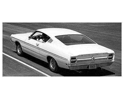 Amazon com: 1969 Ford Torino GT Factory Photo: Entertainment