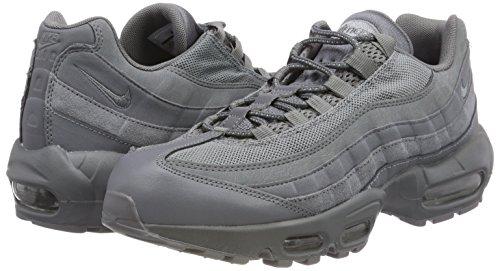 Pour Gris Nike 95 012 Essential Froid Air Max De Chaussures Gymnastique gris Homme xfqTB0xw