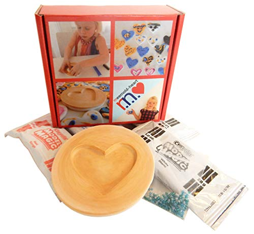 MeeMold Heart - Easy Craft Kit with Plaster Mold, Playdough and Beads -
