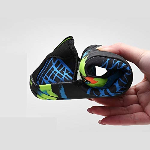 アウトドアビーチシューズ女性と男性のスイミングシューズ、ダイビングシューズシュノーケリングシューズ速乾性の水の流れの靴 ポータブル (色 : Black, Size : US6)