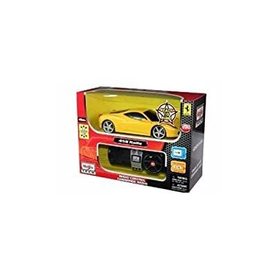 Maisto Tech 1:24 Scale Street Ferrari 458 Italia Yellow Remote Control Vehicle: Toys & Games