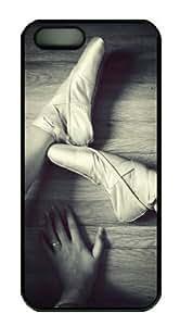 iPhone 5 5S Case, Sakuraelieechyan Ballerina Ballet Dance Pointe Shoes Case for iPhone 5 5S PC Material Black