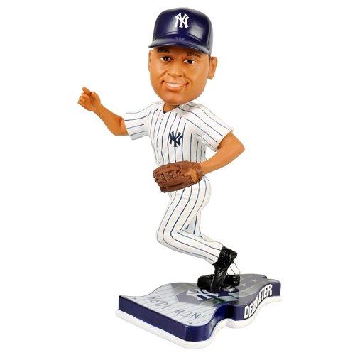 New York Yankees Derek Jeter 2013 Pennant Base Bobblehead Figurine