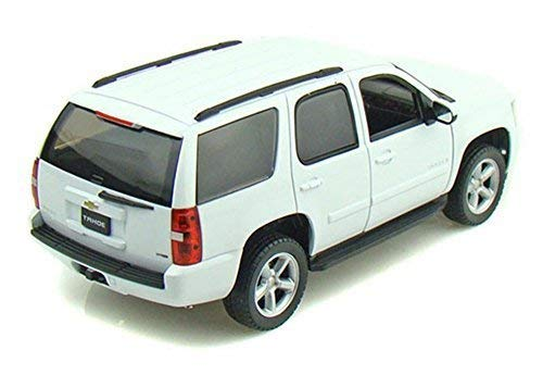 Welly 2008 Chevy Tahoe SUV 1/24 Scale Diecast Model Car White