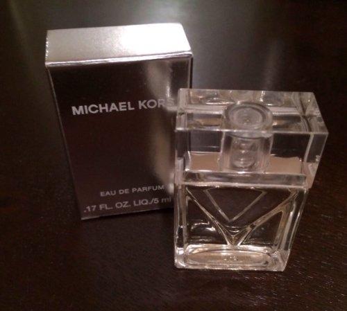 0.17 Ounce Parfum - 1