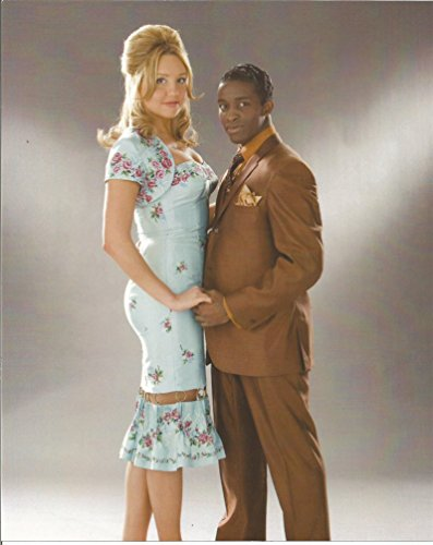 Hairspray Amanda Bynes with actor - 8 x 10 Costume Test Photo #2 - 004