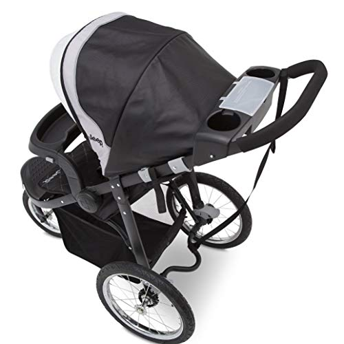 419ZvboNeuL - Jeep Deluxe Patriot Open Trails Jogger By Delta Children, Charcoal Tracks