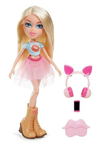 Bratz Remix Doll - Cloe