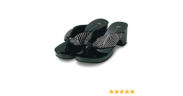 Japanese Geta Style Black /& Shiny Sandals with Black and White Wave Pattern