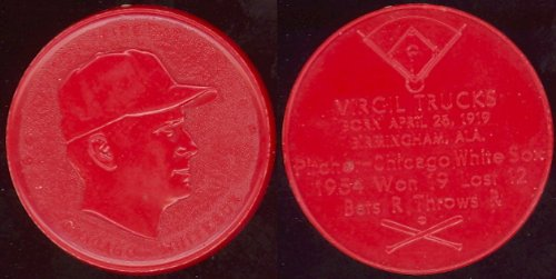 1955 Armour Coins Regular (Baseball) Card# 22 virgil fire trucks (red) of the Chicago White Sox ExMt Condition