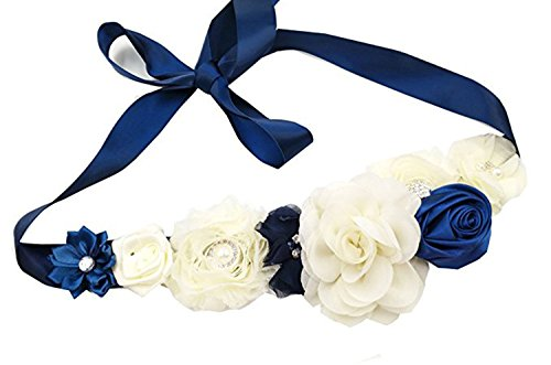best accessories for a royal blue dress - 6