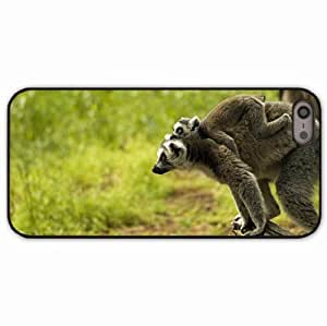 iPhone 5 5S Black Hardshell Case lemur family baby Desin Images Protector Back Cover