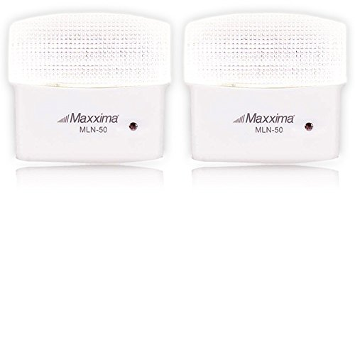 Maxxima MLN-50 5 LED Night Light with Dusk to Dawn Sensor, 25 Lumens Plug in (Pack of 2)