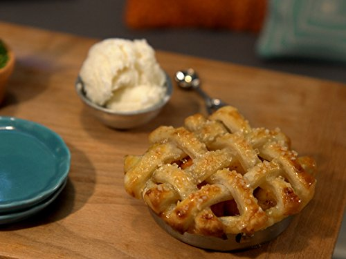 Tiny Peach Pie (Peach Lattice)