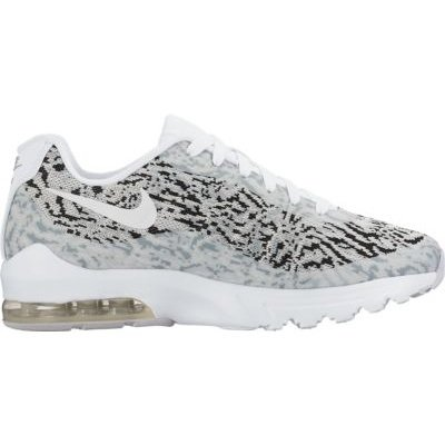 Nike W Air Max Invigor Kjcrd, Zapatillas De Running para Mujer Blanco (Blanco (white/white-black-wolf grey))