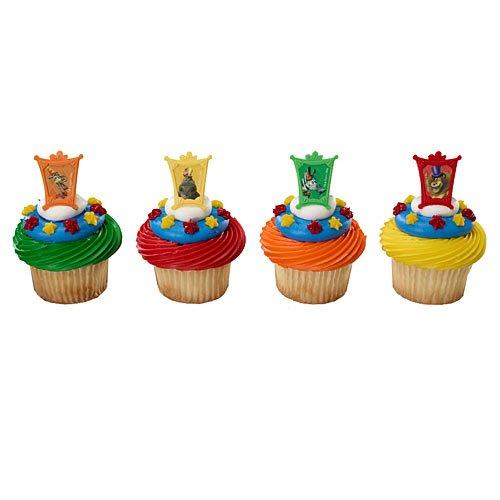 DecoPac Madagascar 3 Star Attractions Cupcake Rings (12 - Madagascar Birthday Cake