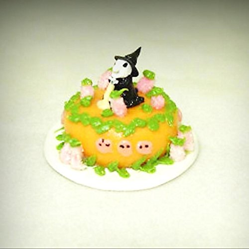 Dollhouse Miniature Halloween Spooky Witch Cake for 1:12
