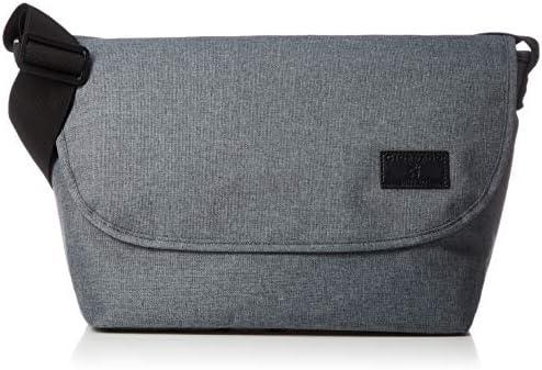フラップショルダーバッグ 大容量 パスケース付き メッセンジャー 裏面ファスナー ブランドロゴ