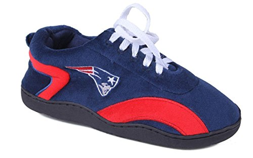 NEW05-4 - New England Patriots - X Large - Happy Feet Mens and Womens All Around Slippers ()