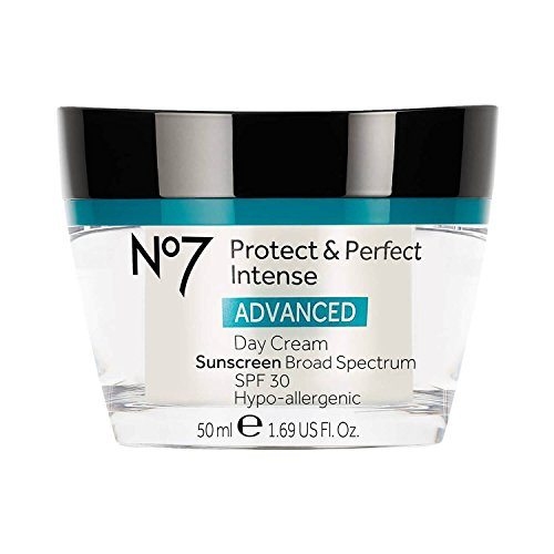 Boots No7 Protect & Perfect Intense Advanced Day Cream SPF 3