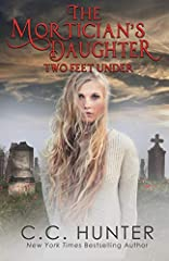 Riley has accepted that her special gift is to help dead people with their unfinished business. But she never thought she'd be tasked with helping the spirit of a convicted criminal who died in prison. He may lead her on the scariest missio...