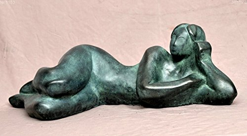 Cold cast bronze statue, nude woman lying on the ()