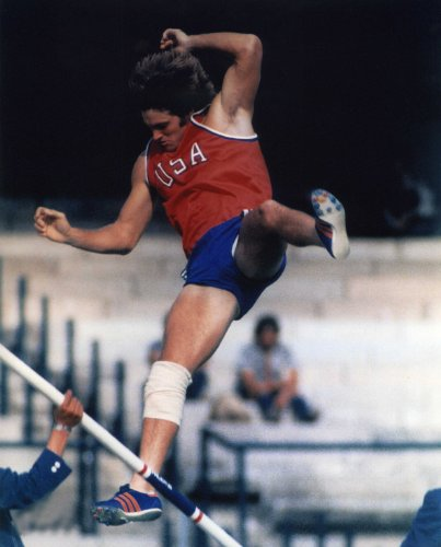 (BRUCE JENNER USA OLYMPIC CHAMPION 8X10 SPORTS ACTION PHOTO)