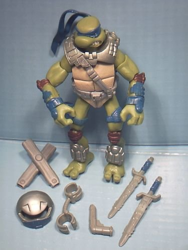 Las tortugas Ninja Alien Hunter Leonardo [Toy]: Amazon.es ...