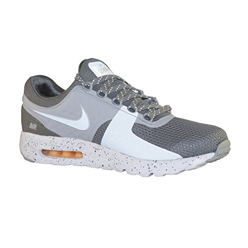 NIKE AIR MAX ZERO PREMIUM 881982-001, US 11.5 by NIKE