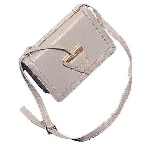 2016 Catwalk Women Bag Buckle Shoulder Bag For Europe Diagonal Female Package