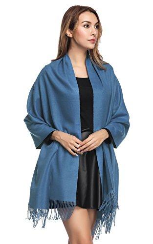 今年流行纯色羊绒围巾,怎么搭都好看!