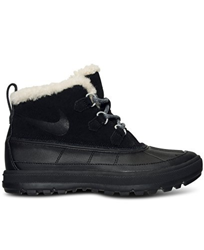 Price comparison product image Nike Women's Woodside II Chukka Boots from Finish Line