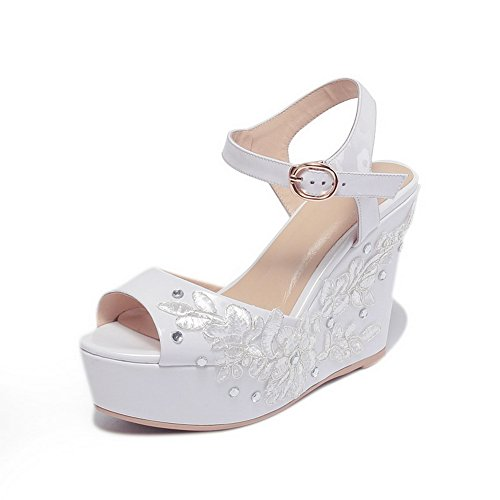 BalaMasa Womens Platforms-Sandals Embroidered Dress Urethane Platforms Sandals ASL05215 White Mi6dPd