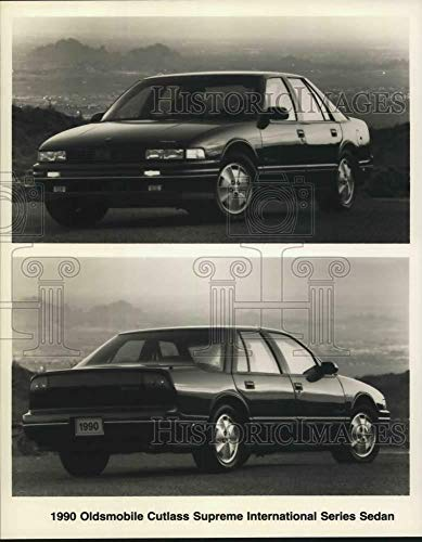 (Press Photo 1990 Oldsmobile Cutlass Supreme International Series Sedan)