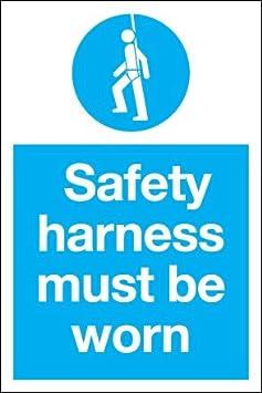 Texto en inglés - arnés de seguridad debe llevarse (1 mm de ...