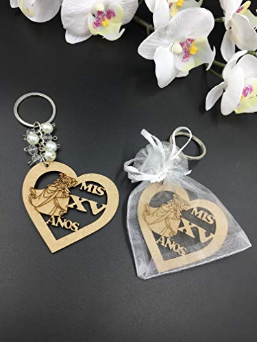 12Pcs Sweet 15 Wood Design Keychain Quinceañera Recuerdos Favors for Girl With Organza Bags]()