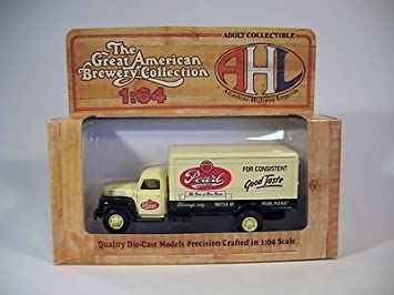 Amazon Com Hartoy 05084 Ford F 7 Pearl Beer Semi Truck 1 64 The