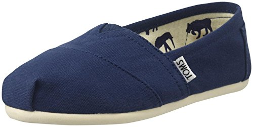 TOMS Women's Canvas Slip-On,Navy Canvas,9 M