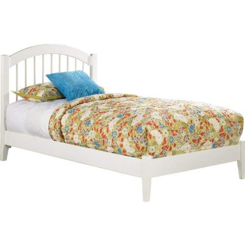 Atlantic Furniture AP9441002 Windsor Platform Bed with Open Foot Board, Queen, White ()