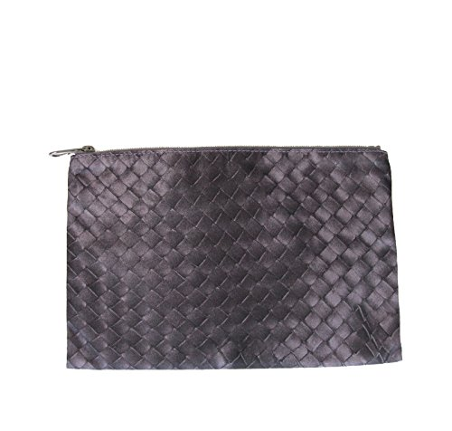 bottega-veneta-intrecciolusion-nylon-cosmetic-bag-301491-6017