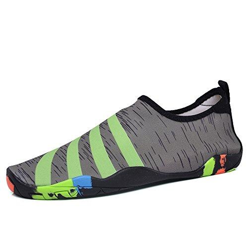 a872fd38e87 Gomnear Barefoot Water Schoenen Sneldrogend Aqua Sport Outdoor Lichtgewicht  Voor Dames Heren Unisex Groen