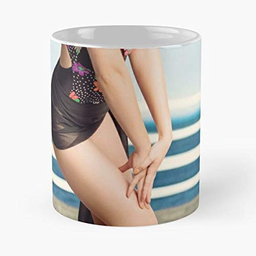 50s 60s Babe Bathing - 11oz Novetly Ceramic Cups, Unique Birthday And Holiday Gifts For Mom Mother Wife -