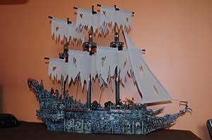 MEGA BLOKS Pirates of the Carribean Flying Dutchman