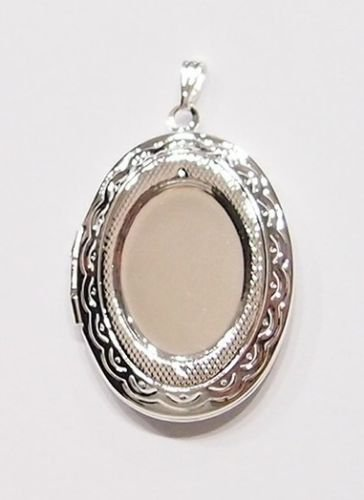 2 Pcs of Silver Plated Victorian Style Etched Deco Locket Pendant Settings