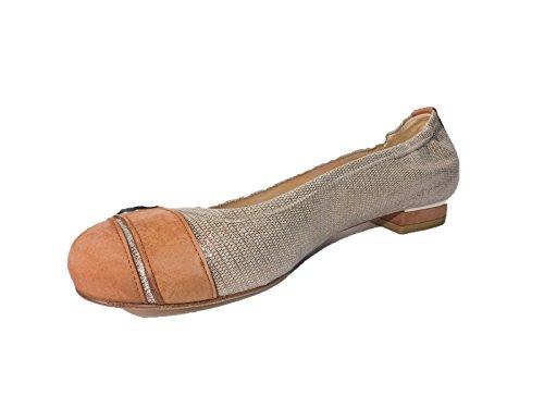 Heel Weitzman Flat Stuart - Stuart Weitzman Women's Butler Gold, Brown Leather Low Heels, Flats, Size 9 M