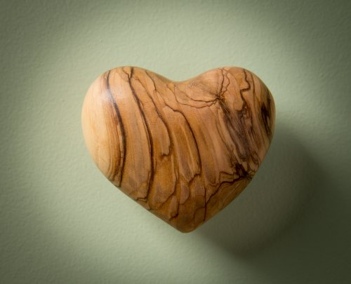 (Olive Wood Heart, large)