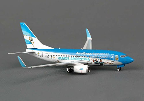 ph4arg1156-phoenix-aerolineas-argentinas-world-cup-b737-700w-model-airplane